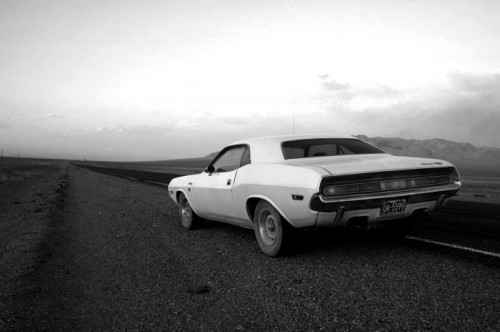 Inside-Line-pits-Challenger-against-Challenger-in-Vanishing-Point-inspired-road-trip_76609_61-700x466.jpg