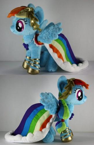 rainbow_dashing_by_babylondonstar-d4h04jk.jpg