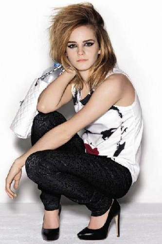 emma-watson-elle-uk-august-2009-magazine-03.jpg